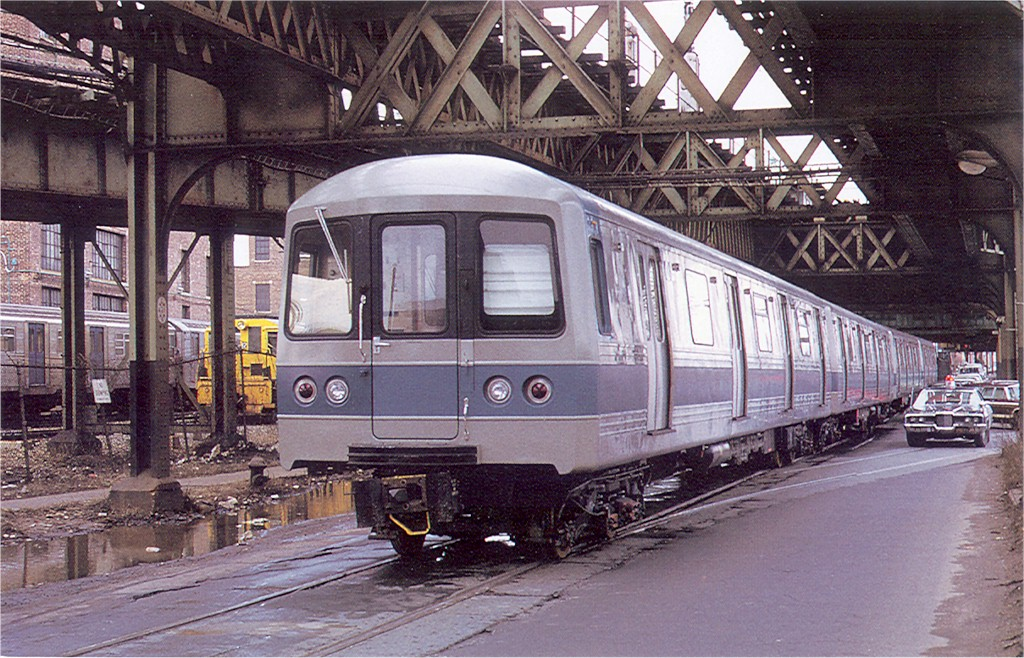 (258k, 1024x658)<br><b>Country:</b> United States<br><b>City:</b> New York<br><b>System:</b> New York City Transit<br><b>Line:</b> South Brooklyn Railway<br><b>Location:</b> McDonald/Ave X (SBK)<br><b>Car:</b> R-44 (St. Louis, 1971-73) 136 <br><b>Photo by:</b> Doug Grotjahn<br><b>Collection of:</b> Joe Testagrose<br><b>Date:</b> 1972<br><b>Viewed (this week/total):</b> 4 / 3229
