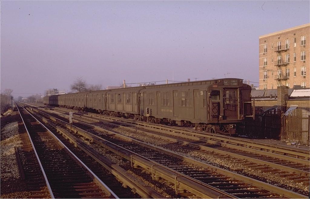 (198k, 1024x659)<br><b>Country:</b> United States<br><b>City:</b> New York<br><b>System:</b> New York City Transit<br><b>Line:</b> BMT Brighton Line<br><b>Location:</b> Avenue U <br><b>Route:</b> D<br><b>Car:</b> R-4 (American Car & Foundry, 1932-1933) 536 <br><b>Photo by:</b> Joe Testagrose<br><b>Date:</b> 2/7/1970<br><b>Viewed (this week/total):</b> 2 / 2414