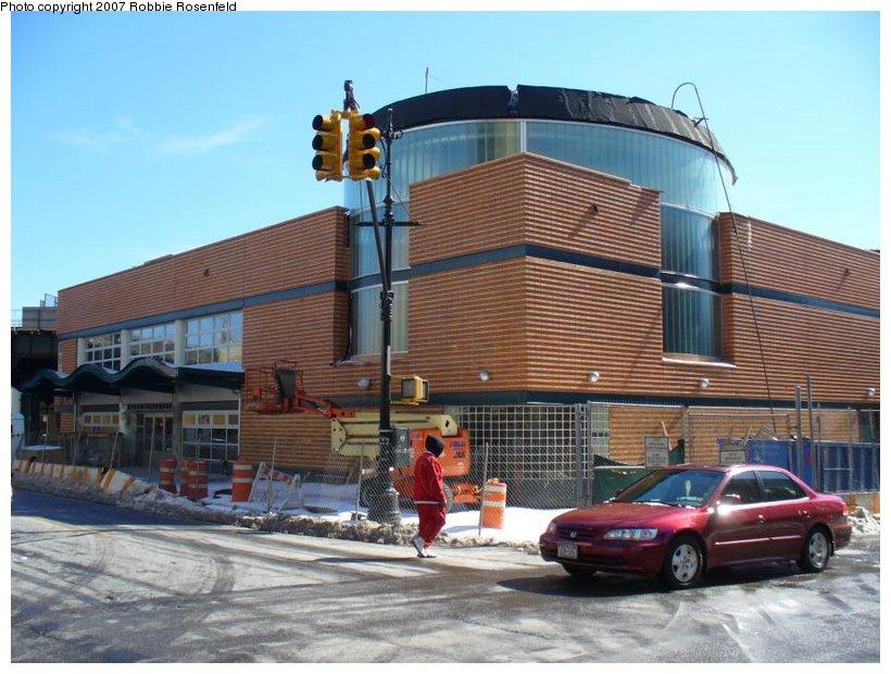 (138k, 820x620)<br><b>Country:</b> United States<br><b>City:</b> New York<br><b>System:</b> New York City Transit<br><b>Line:</b> BMT Myrtle Avenue Line<br><b>Location:</b> Myrtle/Wyckoff Headhouse/Transfer<br><b>Photo by:</b> Robbie Rosenfeld<br><b>Date:</b> 3/18/2007<br><b>Notes:</b> New headhouse at Myrtle (L)/Wyckoff (M) transfer.<br><b>Viewed (this week/total):</b> 2 / 3556