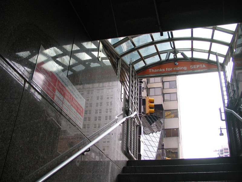 (138k, 800x600)<br><b>Country:</b> United States<br><b>City:</b> Philadelphia, PA<br><b>System:</b> SEPTA (or Predecessor)<br><b>Line:</b> Broad Street Subway<br><b>Location:</b> Walnut-Locust <br><b>Photo by:</b> Dante D. Angerville<br><b>Date:</b> 2/28/2007<br><b>Notes:</b> Locust St Entrance<br><b>Viewed (this week/total):</b> 2 / 3174