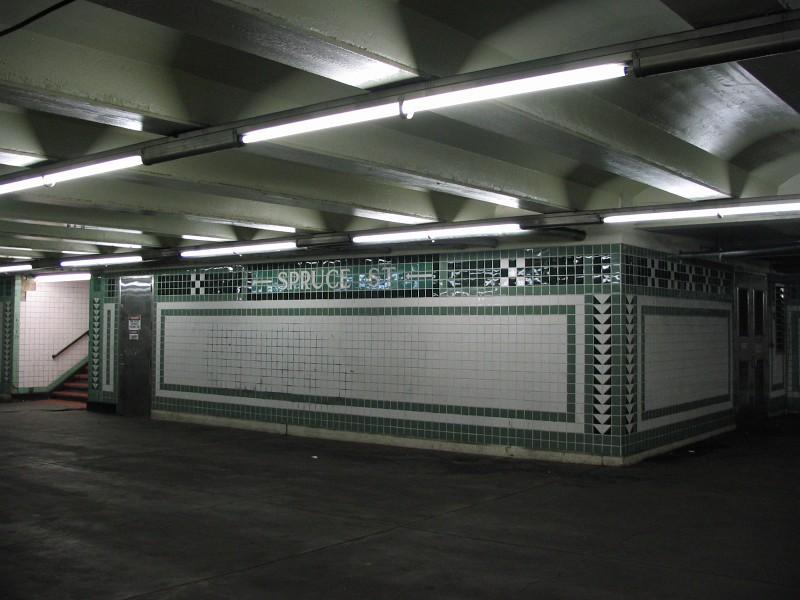 (115k, 800x600)<br><b>Country:</b> United States<br><b>City:</b> Philadelphia, PA<br><b>System:</b> SEPTA (or Predecessor)<br><b>Line:</b> Broad Street Subway<br><b>Location:</b> Walnut-Locust <br><b>Photo by:</b> Dante D. Angerville<br><b>Date:</b> 2/28/2007<br><b>Notes:</b> Mezzanine<br><b>Viewed (this week/total):</b> 0 / 2676
