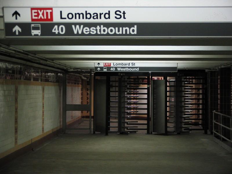 (106k, 800x600)<br><b>Country:</b> United States<br><b>City:</b> Philadelphia, PA<br><b>System:</b> SEPTA (or Predecessor)<br><b>Line:</b> Broad Street Subway<br><b>Location:</b> Lombard-South <br><b>Photo by:</b> Dante D. Angerville<br><b>Date:</b> 2/28/2007<br><b>Notes:</b> Mezzanine<br><b>Viewed (this week/total):</b> 3 / 3195