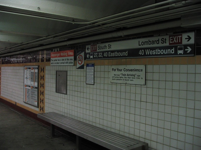 (112k, 800x600)<br><b>Country:</b> United States<br><b>City:</b> Philadelphia, PA<br><b>System:</b> SEPTA (or Predecessor)<br><b>Line:</b> Broad Street Subway<br><b>Location:</b> Lombard-South <br><b>Photo by:</b> Dante D. Angerville<br><b>Date:</b> 2/28/2007<br><b>Notes:</b> Mezzanine<br><b>Viewed (this week/total):</b> 3 / 3032
