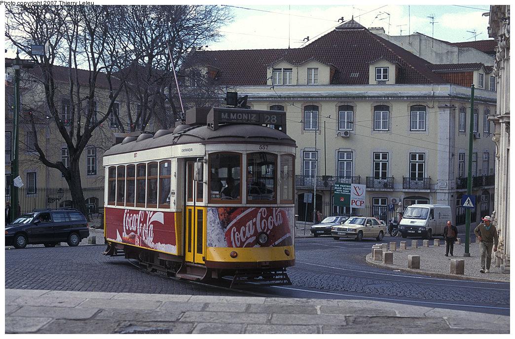 (277k, 1044x688)<br><b>Country:</b> Portugal<br><b>City:</b> Lisbon<br><b>System:</b> Companhia Carris De Ferro De Lisboa <br><b>Line:</b> 28 (Alfama via Martim Moniz - Prazares) <br><b>Car:</b> Standard Tram Remodelado (Carris Rebuild)  557 <br><b>Photo by:</b> Thierry Leleu<br><b>Date:</b> 7/1999<br><b>Viewed (this week/total):</b> 0 / 458
