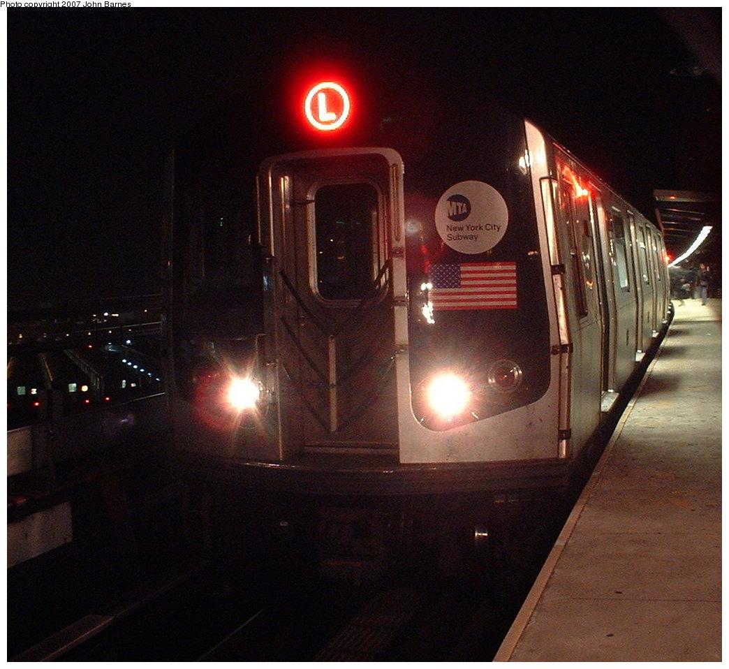 (179k, 1044x958)<br><b>Country:</b> United States<br><b>City:</b> New York<br><b>System:</b> New York City Transit<br><b>Line:</b> BMT Canarsie Line<br><b>Location:</b> Broadway Junction <br><b>Route:</b> L<br><b>Car:</b> R-143 (Kawasaki, 2001-2002)  <br><b>Photo by:</b> John Barnes<br><b>Date:</b> 11/16/2003<br><b>Viewed (this week/total):</b> 0 / 2326