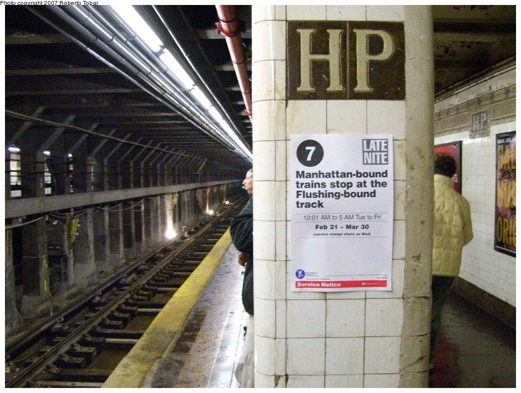 (196k, 1044x788)<br><b>Country:</b> United States<br><b>City:</b> New York<br><b>System:</b> New York City Transit<br><b>Line:</b> IRT Flushing Line<br><b>Location:</b> Hunterspoint Avenue <br><b>Photo by:</b> Roberto C. Tobar<br><b>Date:</b> 3/23/2007<br><b>Viewed (this week/total):</b> 0 / 2279