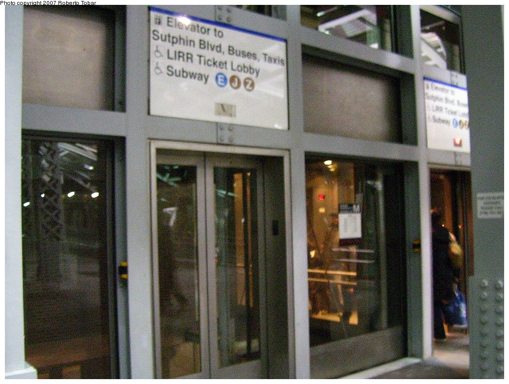 (245k, 1044x788)<br><b>Country:</b> United States<br><b>City:</b> New York<br><b>System:</b> New York City Transit<br><b>Line:</b> IND Queens Boulevard Line<br><b>Location:</b> Sutphin Blvd.-Archer Ave./JFK <br><b>Photo by:</b> Roberto C. Tobar<br><b>Date:</b> 3/23/2007<br><b>Notes:</b> Elevator at street.<br><b>Viewed (this week/total):</b> 0 / 4248