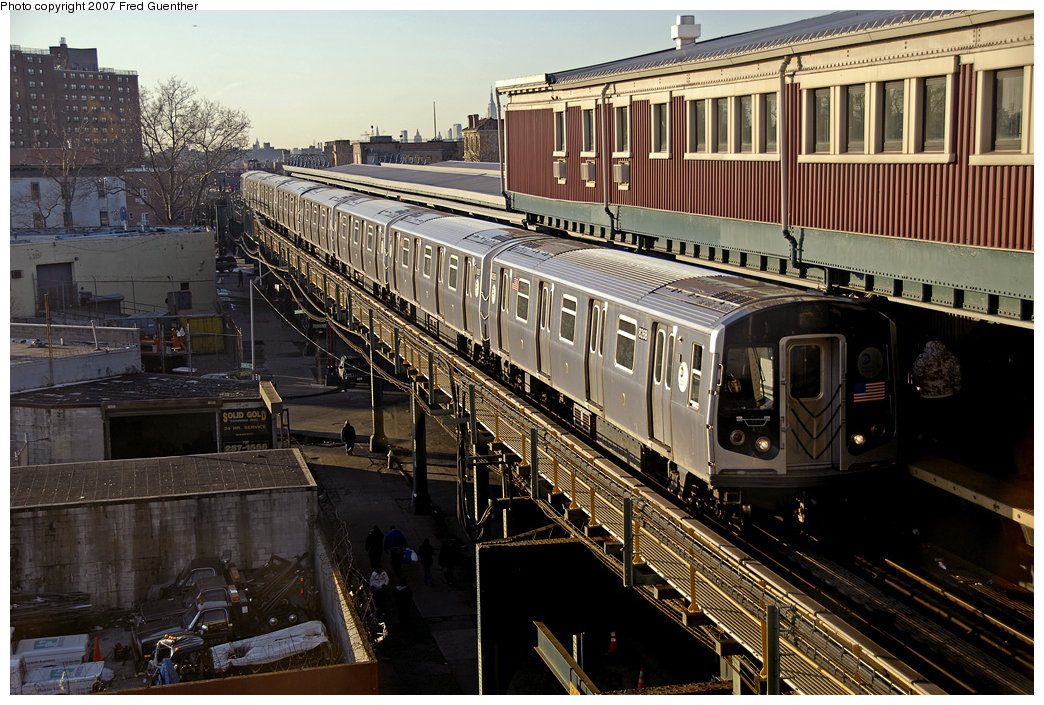 (276k, 1044x705)<br><b>Country:</b> United States<br><b>City:</b> New York<br><b>System:</b> New York City Transit<br><b>Line:</b> BMT Nassau Street/Jamaica Line<br><b>Location:</b> Broadway/East New York (Broadway Junction) <br><b>Car:</b> R-143 (Kawasaki, 2001-2002) 8268 <br><b>Photo by:</b> Fred Guenther<br><b>Date:</b> 3/20/2007<br><b>Viewed (this week/total):</b> 1 / 3562