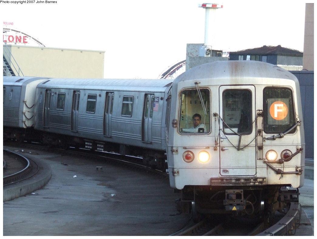 (141k, 1044x788)<br><b>Country:</b> United States<br><b>City:</b> New York<br><b>System:</b> New York City Transit<br><b>Location:</b> Coney Island/Stillwell Avenue<br><b>Route:</b> F<br><b>Car:</b> R-46 (Pullman-Standard, 1974-75) 5640 <br><b>Photo by:</b> John Barnes<br><b>Date:</b> 3/28/2007<br><b>Viewed (this week/total):</b> 0 / 2681