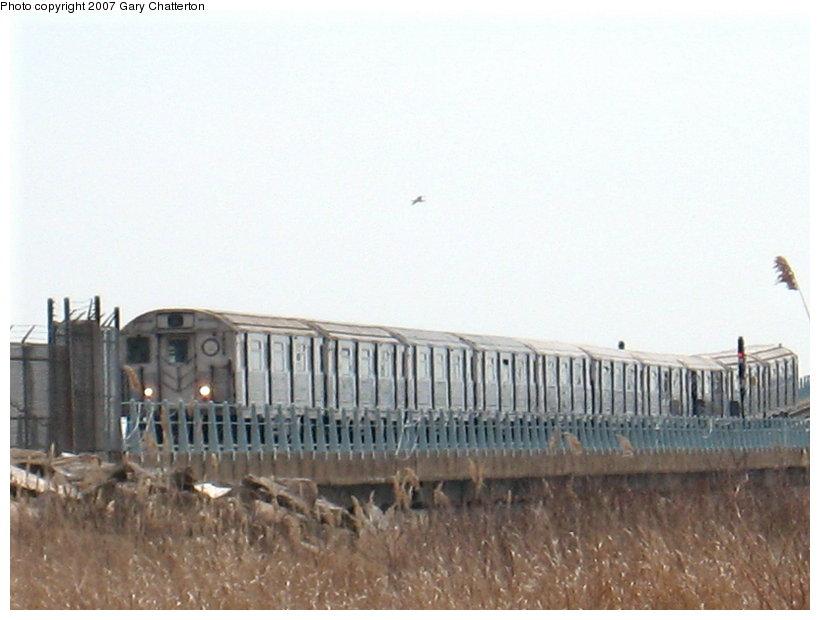 (85k, 820x620)<br><b>Country:</b> United States<br><b>City:</b> New York<br><b>System:</b> New York City Transit<br><b>Line:</b> IND Rockaway<br><b>Location:</b> Jamaica Bay Crossing<br><b>Route:</b> A<br><b>Car:</b> R-38 (St. Louis, 1966-1967)   <br><b>Photo by:</b> Gary Chatterton<br><b>Date:</b> 3/27/2007<br><b>Viewed (this week/total):</b> 0 / 2793