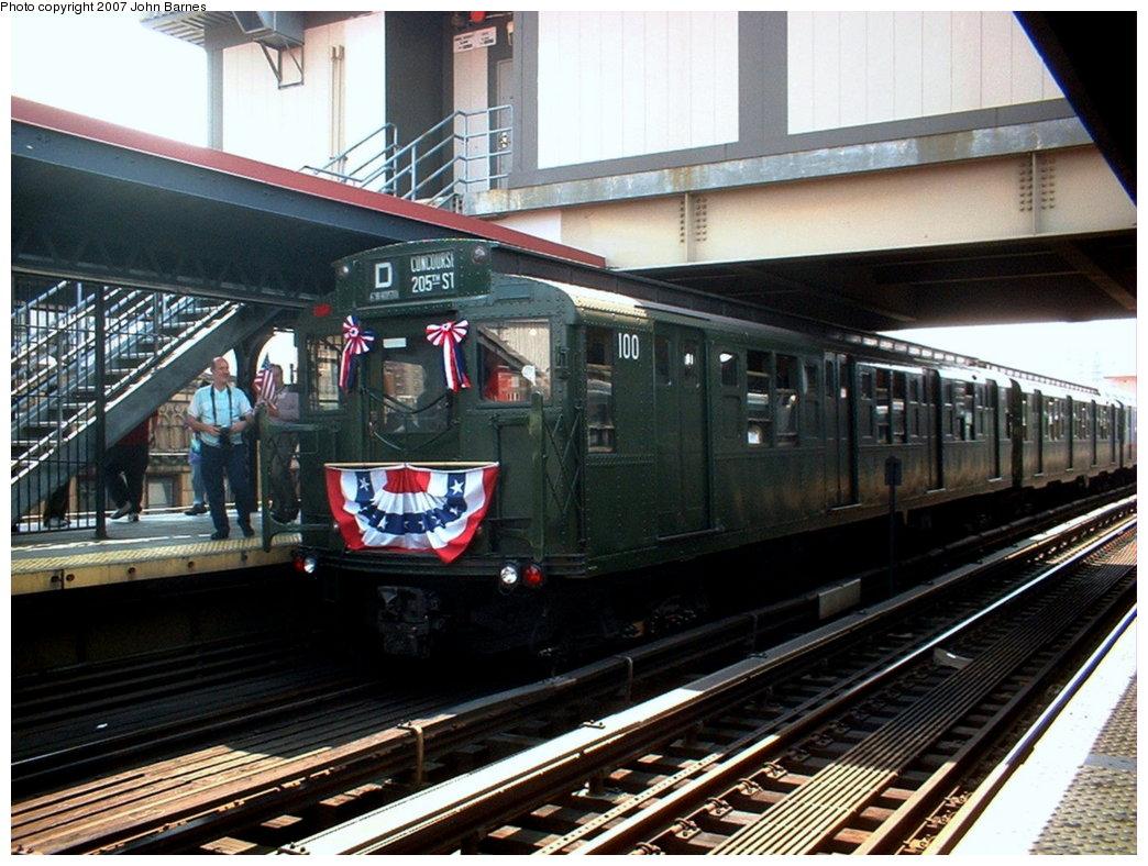 (204k, 1044x788)<br><b>Country:</b> United States<br><b>City:</b> New York<br><b>System:</b> New York City Transit<br><b>Line:</b> BMT Brighton Line<br><b>Location:</b> Brighton Beach <br><b>Route:</b> Fan Trip<br><b>Car:</b> R-1 (American Car & Foundry, 1930-1931) 100 <br><b>Photo by:</b> John Barnes<br><b>Date:</b> 5/23/2004<br><b>Viewed (this week/total):</b> 0 / 2148