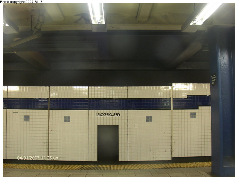 (82k, 820x622)<br><b>Country:</b> United States<br><b>City:</b> New York<br><b>System:</b> New York City Transit<br><b>Line:</b> IND 6th Avenue Line<br><b>Location:</b> Broadway/Lafayette <br><b>Photo by:</b> Bill E.<br><b>Date:</b> 4/1/2007<br><b>Viewed (this week/total):</b> 3 / 2082