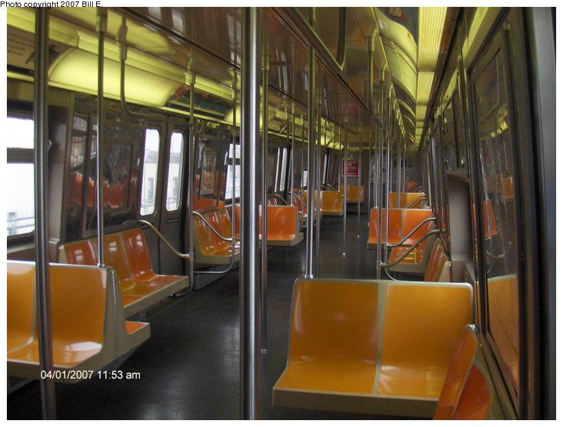 (106k, 820x622)<br><b>Country:</b> United States<br><b>City:</b> New York<br><b>System:</b> New York City Transit<br><b>Route:</b> D<br><b>Car:</b> R-68 (Westinghouse-Amrail, 1986-1988)  2600 <br><b>Photo by:</b> Bill E.<br><b>Date:</b> 4/1/2007<br><b>Viewed (this week/total):</b> 0 / 2537