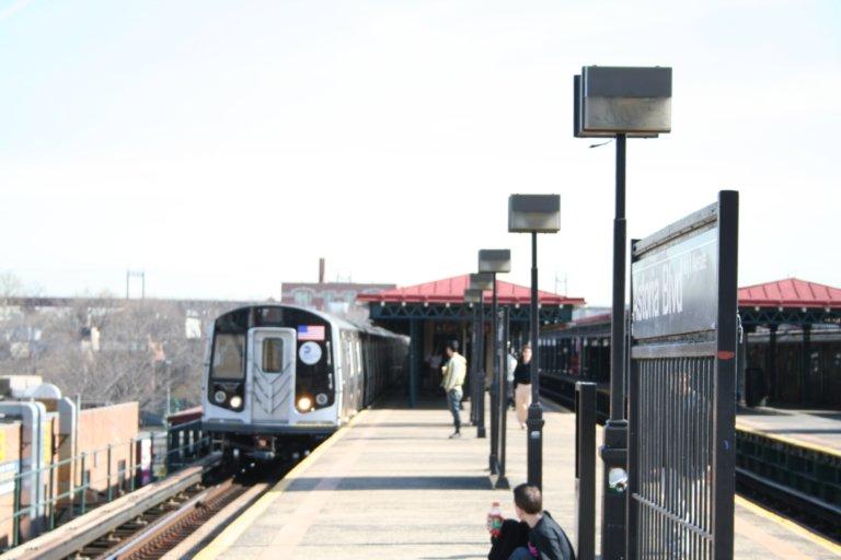 (52k, 768x512)<br><b>Country:</b> United States<br><b>City:</b> New York<br><b>System:</b> New York City Transit<br><b>Line:</b> BMT Astoria Line<br><b>Location:</b> Astoria Boulevard/Hoyt Avenue <br><b>Route:</b> N<br><b>Car:</b> R-160B (Kawasaki, 2005-2008)  8743 <br><b>Photo by:</b> Neil Feldman<br><b>Date:</b> 3/30/2007<br><b>Viewed (this week/total):</b> 0 / 2687