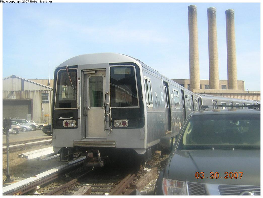 (162k, 1044x788)<br><b>Country:</b> United States<br><b>City:</b> New York<br><b>System:</b> New York City Transit<br><b>Location:</b> 207th Street Yard<br><b>Car:</b> R-110B (Bombardier, 1992) 3009 <br><b>Photo by:</b> Robert Mencher<br><b>Date:</b> 3/30/2007<br><b>Viewed (this week/total):</b> 3 / 3367