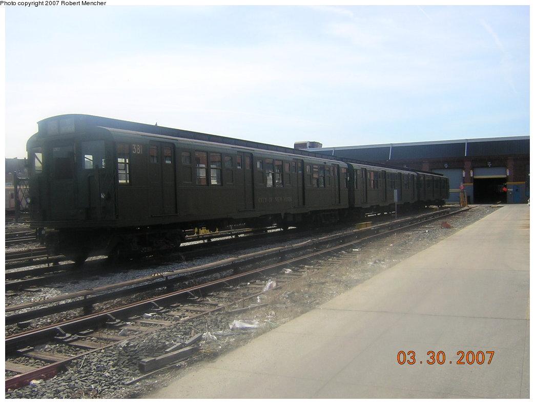 (156k, 1044x788)<br><b>Country:</b> United States<br><b>City:</b> New York<br><b>System:</b> New York City Transit<br><b>Location:</b> 207th Street Yard<br><b>Car:</b> R-1 (American Car & Foundry, 1930-1931) 381 <br><b>Photo by:</b> Robert Mencher<br><b>Date:</b> 3/30/2007<br><b>Viewed (this week/total):</b> 6 / 1987