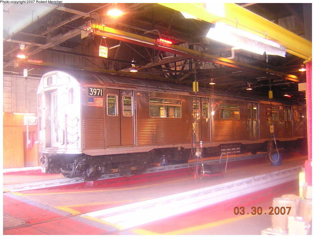 (208k, 1044x788)<br><b>Country:</b> United States<br><b>City:</b> New York<br><b>System:</b> New York City Transit<br><b>Location:</b> 207th Street Shop<br><b>Car:</b> R-38 (St. Louis, 1966-1967)  3971 <br><b>Photo by:</b> Robert Mencher<br><b>Date:</b> 3/30/2007<br><b>Viewed (this week/total):</b> 0 / 2516