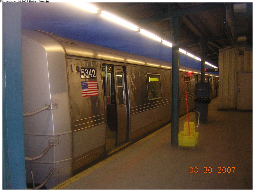 (202k, 1044x788)<br><b>Country:</b> United States<br><b>City:</b> New York<br><b>System:</b> New York City Transit<br><b>Line:</b> IND Fulton Street Line<br><b>Location:</b> Lefferts Boulevard <br><b>Route:</b> A<br><b>Car:</b> R-44 (St. Louis, 1971-73) 5342 <br><b>Photo by:</b> Robert Mencher<br><b>Date:</b> 3/30/2007<br><b>Viewed (this week/total):</b> 0 / 1959