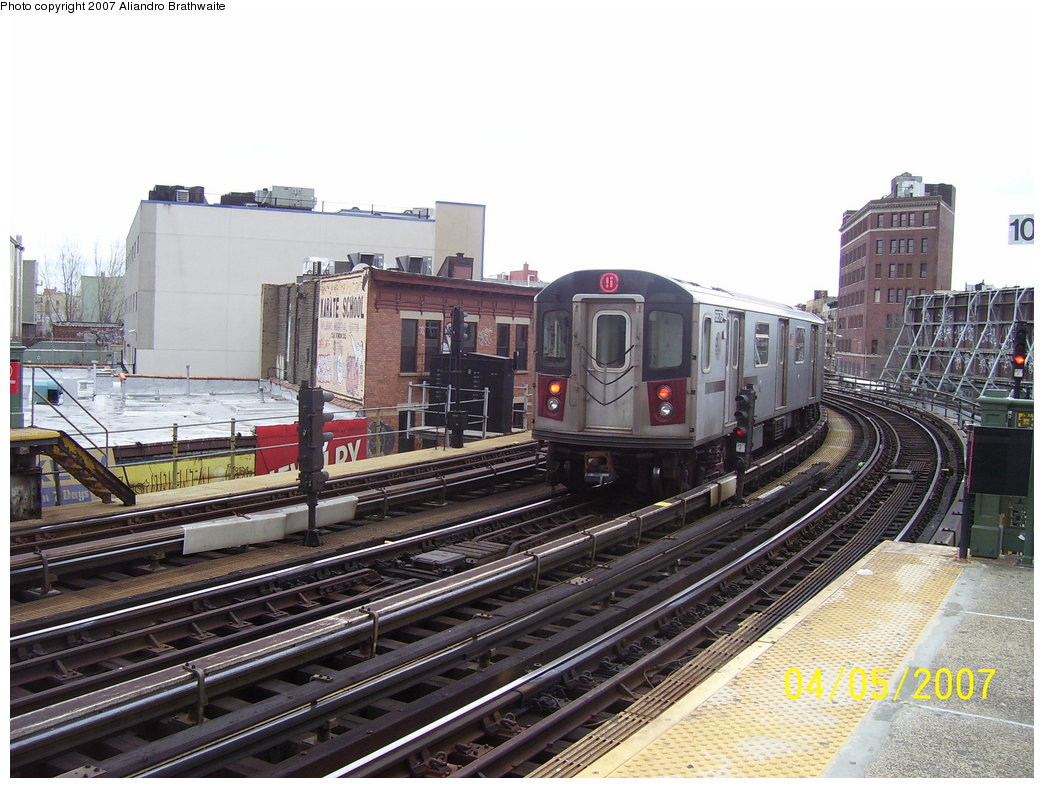 (200k, 1044x788)<br><b>Country:</b> United States<br><b>City:</b> New York<br><b>System:</b> New York City Transit<br><b>Line:</b> IRT White Plains Road Line<br><b>Location:</b> Simpson Street <br><b>Route:</b> 5<br><b>Car:</b> R-142 (Primary Order, Bombardier, 1999-2002)  6876 <br><b>Photo by:</b> Aliandro Brathwaite<br><b>Date:</b> 4/5/2007<br><b>Viewed (this week/total):</b> 2 / 3721