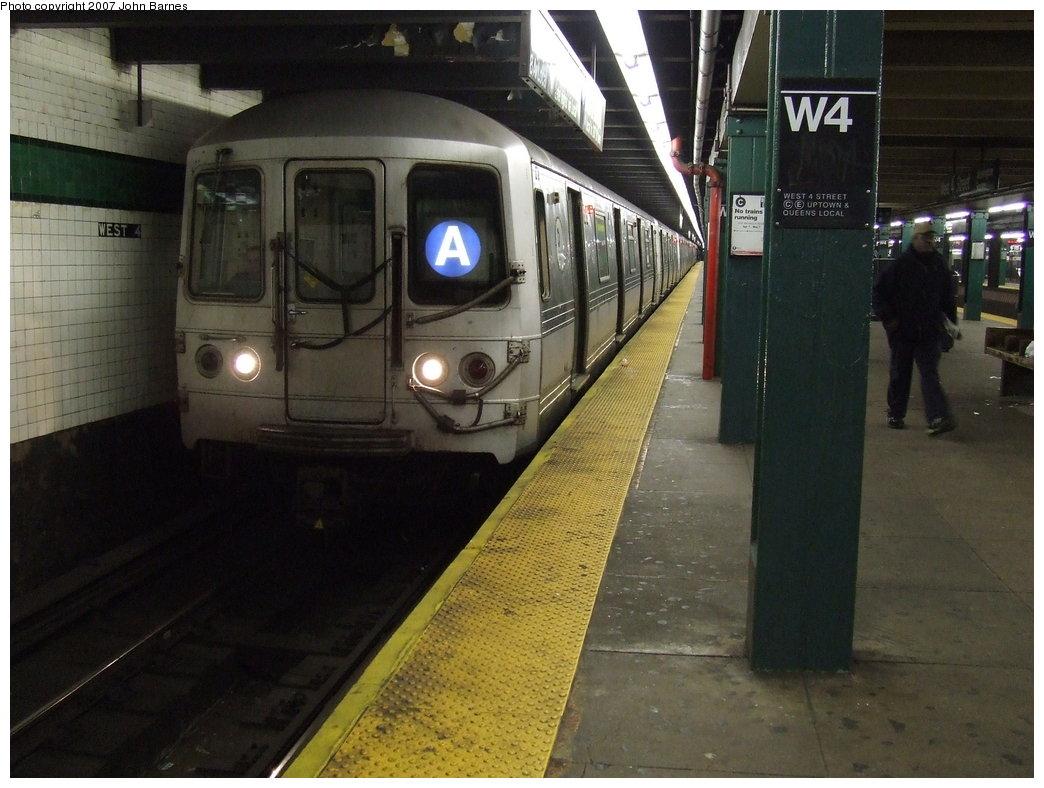(166k, 1044x788)<br><b>Country:</b> United States<br><b>City:</b> New York<br><b>System:</b> New York City Transit<br><b>Line:</b> IND 8th Avenue Line<br><b>Location:</b> West 4th Street/Washington Square <br><b>Route:</b> A<br><b>Car:</b> R-44 (St. Louis, 1971-73) 5364 <br><b>Photo by:</b> John Barnes<br><b>Date:</b> 4/9/2007<br><b>Viewed (this week/total):</b> 4 / 2973