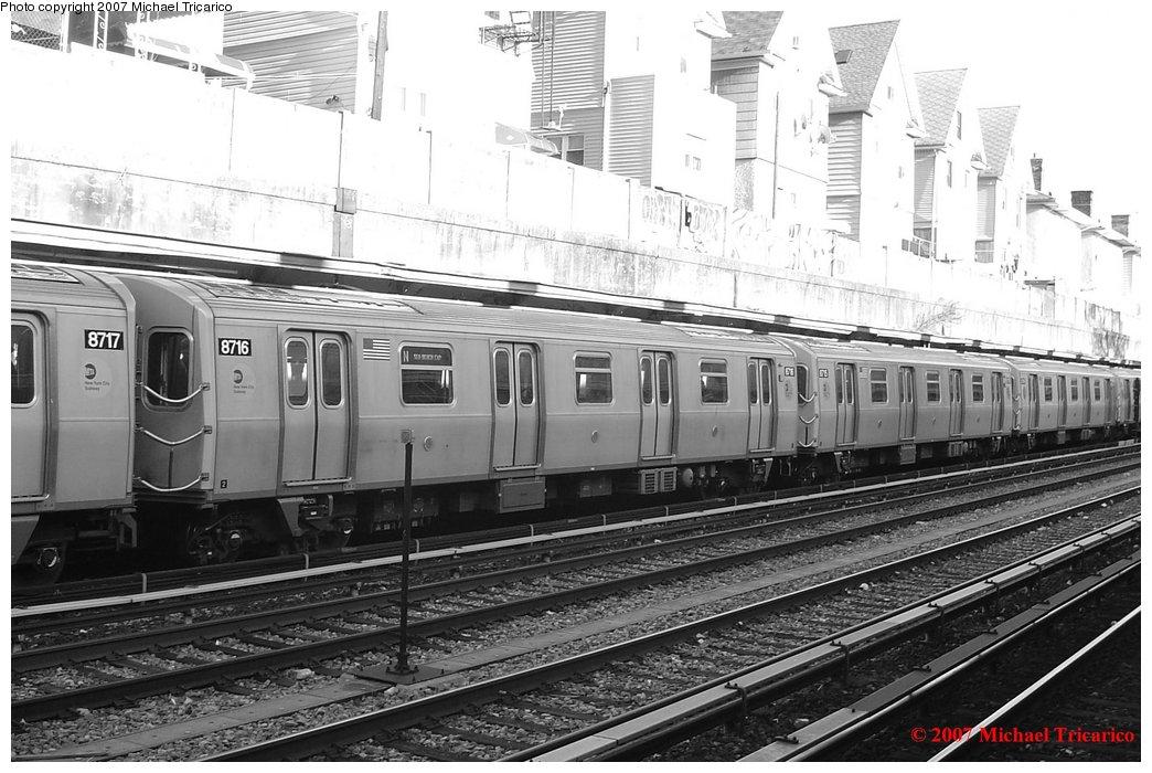 (174k, 1044x700)<br><b>Country:</b> United States<br><b>City:</b> New York<br><b>System:</b> New York City Transit<br><b>Line:</b> BMT Sea Beach Line<br><b>Location:</b> Kings Highway <br><b>Route:</b> N<br><b>Car:</b> R-160B (Kawasaki, 2005-2008)  8716 <br><b>Photo by:</b> Michael Tricarico<br><b>Date:</b> 4/9/2007<br><b>Viewed (this week/total):</b> 0 / 3026