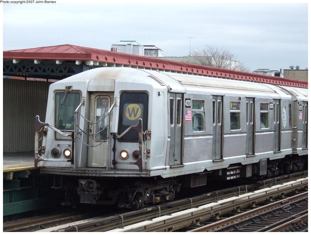 (177k, 1044x788)<br><b>Country:</b> United States<br><b>City:</b> New York<br><b>System:</b> New York City Transit<br><b>Line:</b> BMT Astoria Line<br><b>Location:</b> 30th/Grand Aves. <br><b>Route:</b> W<br><b>Car:</b> R-40 (St. Louis, 1968)  4270 <br><b>Photo by:</b> John Barnes<br><b>Date:</b> 4/18/2007<br><b>Viewed (this week/total):</b> 2 / 2094