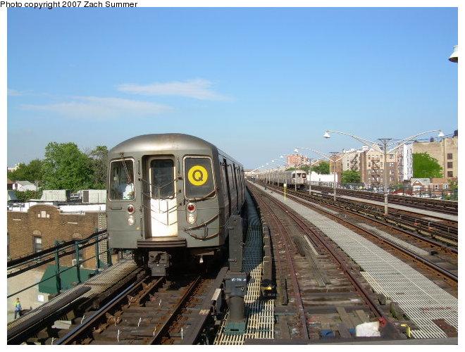 (125k, 660x500)<br><b>Country:</b> United States<br><b>City:</b> New York<br><b>System:</b> New York City Transit<br><b>Line:</b> BMT Brighton Line<br><b>Location:</b> Ocean Parkway <br><b>Route:</b> Q<br><b>Car:</b> R-68/R-68A Series (Number Unknown)  <br><b>Photo by:</b> Zach Summer<br><b>Date:</b> 6/12/2006<br><b>Viewed (this week/total):</b> 0 / 1885