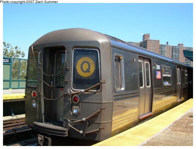 (112k, 660x500)<br><b>Country:</b> United States<br><b>City:</b> New York<br><b>System:</b> New York City Transit<br><b>Line:</b> BMT Brighton Line<br><b>Location:</b> West 8th Street <br><b>Route:</b> Q<br><b>Car:</b> R-68 (Westinghouse-Amrail, 1986-1988)  2790 <br><b>Photo by:</b> Zach Summer<br><b>Date:</b> 8/13/2006<br><b>Viewed (this week/total):</b> 2 / 1717