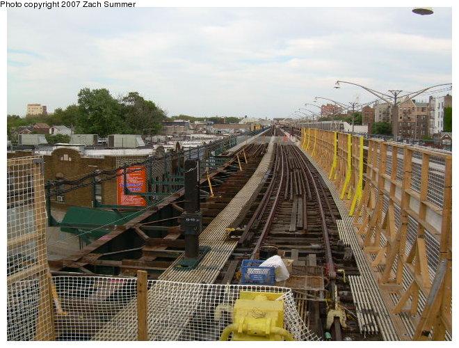 (138k, 660x500)<br><b>Country:</b> United States<br><b>City:</b> New York<br><b>System:</b> New York City Transit<br><b>Line:</b> BMT Brighton Line<br><b>Location:</b> Ocean Parkway <br><b>Photo by:</b> Zach Summer<br><b>Date:</b> 8/22/2006<br><b>Notes:</b> Track rebuild project.<br><b>Viewed (this week/total):</b> 2 / 1579