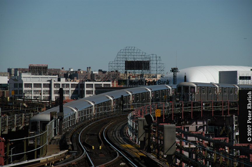 (169k, 864x574)<br><b>Country:</b> United States<br><b>City:</b> New York<br><b>System:</b> New York City Transit<br><b>Line:</b> IRT Flushing Line<br><b>Location:</b> Queensborough Plaza <br><b>Car:</b> R-62A (Bombardier, 1984-1987)  1776 <br><b>Photo by:</b> Peter Ehrlich<br><b>Date:</b> 4/20/2007<br><b>Notes:</b> Inbound, outbound trains passing east of Queensboro Plaza.<br><b>Viewed (this week/total):</b> 0 / 2635