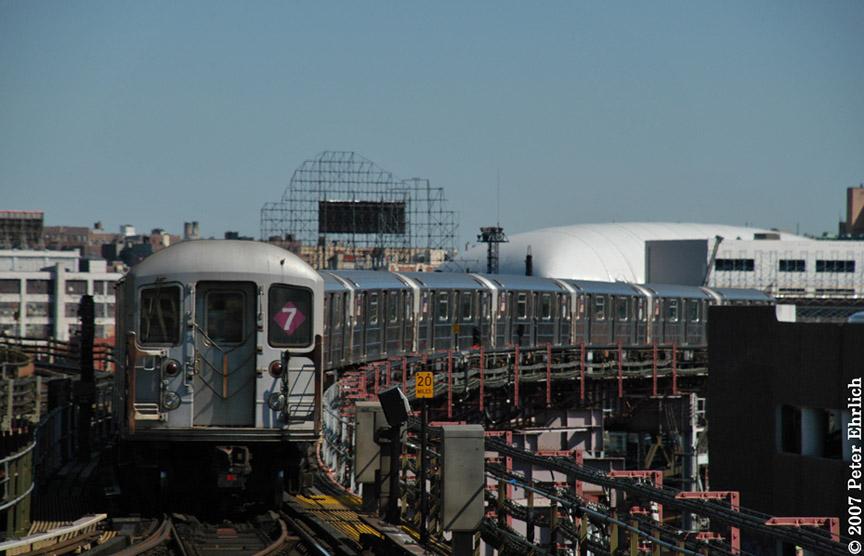 (154k, 864x556)<br><b>Country:</b> United States<br><b>City:</b> New York<br><b>System:</b> New York City Transit<br><b>Line:</b> IRT Flushing Line<br><b>Location:</b> Queensborough Plaza<br><b>Car:</b> R-62A (Bombardier, 1984-1987) 1811 <br><b>Photo by:</b> Peter Ehrlich<br><b>Date:</b> 4/20/2007<br><b>Notes:</b> Outbound train leaving Queensboro Plaza, trailing view.<br><b>Viewed (this week/total):</b> 0 / 2147