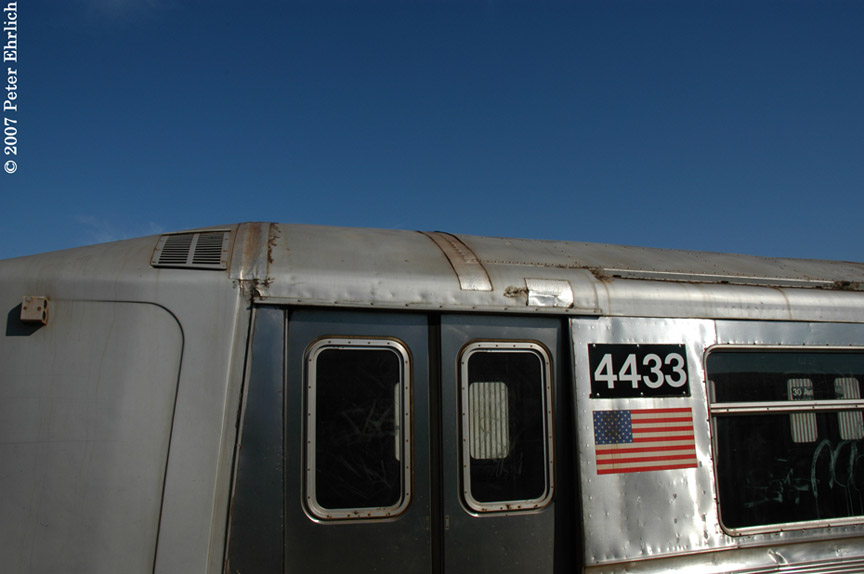 (117k, 864x574)<br><b>Country:</b> United States<br><b>City:</b> New York<br><b>System:</b> New York City Transit<br><b>Line:</b> BMT Astoria Line<br><b>Location:</b> 30th/Grand Aves. <br><b>Car:</b> R-40 (St. Louis, 1968)  4433 <br><b>Photo by:</b> Peter Ehrlich<br><b>Date:</b> 4/20/2007<br><b>Notes:</b> Showing the decrepitude of the slant R40s, 30th Avenue/Grand Station.<br><b>Viewed (this week/total):</b> 1 / 2574