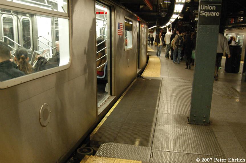 (184k, 864x574)<br><b>Country:</b> United States<br><b>City:</b> New York<br><b>System:</b> New York City Transit<br><b>Line:</b> IRT East Side Line<br><b>Location:</b> 14th Street/Union Square <br><b>Car:</b> R-142 (Primary Order, Bombardier, 1999-2002)  6424 <br><b>Photo by:</b> Peter Ehrlich<br><b>Date:</b> 4/20/2007<br><b>Notes:</b> Express track gap fillers.<br><b>Viewed (this week/total):</b> 4 / 3527