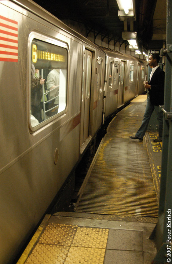 (186k, 563x864)<br><b>Country:</b> United States<br><b>City:</b> New York<br><b>System:</b> New York City Transit<br><b>Line:</b> IRT East Side Line<br><b>Location:</b> 14th Street/Union Square <br><b>Car:</b> R-142A (Primary Order, Kawasaki, 1999-2002)  7325 <br><b>Photo by:</b> Peter Ehrlich<br><b>Date:</b> 4/20/2007<br><b>Notes:</b> Local track gap fillers. With 7375.<br><b>Viewed (this week/total):</b> 1 / 4084