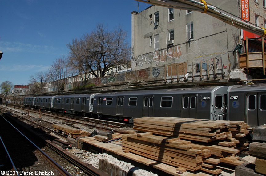 (225k, 864x574)<br><b>Country:</b> United States<br><b>City:</b> New York<br><b>System:</b> New York City Transit<br><b>Line:</b> BMT Sea Beach Line<br><b>Location:</b> 20th Avenue <br><b>Car:</b> R-160B (Kawasaki, 2005-2008)  8756 <br><b>Photo by:</b> Peter Ehrlich<br><b>Date:</b> 4/20/2007<br><b>Notes:</b> At 20th Avenue inbound.<br><b>Viewed (this week/total):</b> 5 / 2094