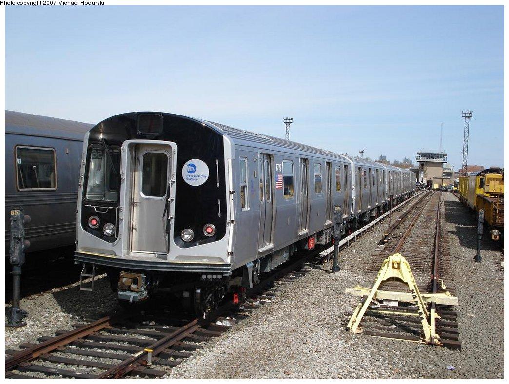 (200k, 1044x788)<br><b>Country:</b> United States<br><b>City:</b> New York<br><b>System:</b> New York City Transit<br><b>Location:</b> Coney Island Yard<br><b>Car:</b> R-160B (Kawasaki, 2005-2008)  8772 <br><b>Photo by:</b> Michael Hodurski<br><b>Date:</b> 4/14/2007<br><b>Viewed (this week/total):</b> 0 / 2971
