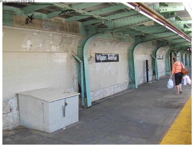 (110k, 820x622)<br><b>Country:</b> United States<br><b>City:</b> New York<br><b>System:</b> New York City Transit<br><b>Line:</b> BMT Canarsie Line<br><b>Location:</b> Wilson Avenue <br><b>Photo by:</b> Bill E.<br><b>Date:</b> 4/22/2007<br><b>Viewed (this week/total):</b> 1 / 2578