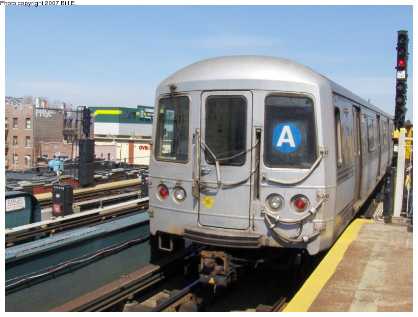 (107k, 820x622)<br><b>Country:</b> United States<br><b>City:</b> New York<br><b>System:</b> New York City Transit<br><b>Line:</b> IND Fulton Street Line<br><b>Location:</b> Rockaway Boulevard <br><b>Route:</b> A<br><b>Car:</b> R-44 (St. Louis, 1971-73)  <br><b>Photo by:</b> Bill E.<br><b>Date:</b> 4/22/2007<br><b>Viewed (this week/total):</b> 0 / 2133