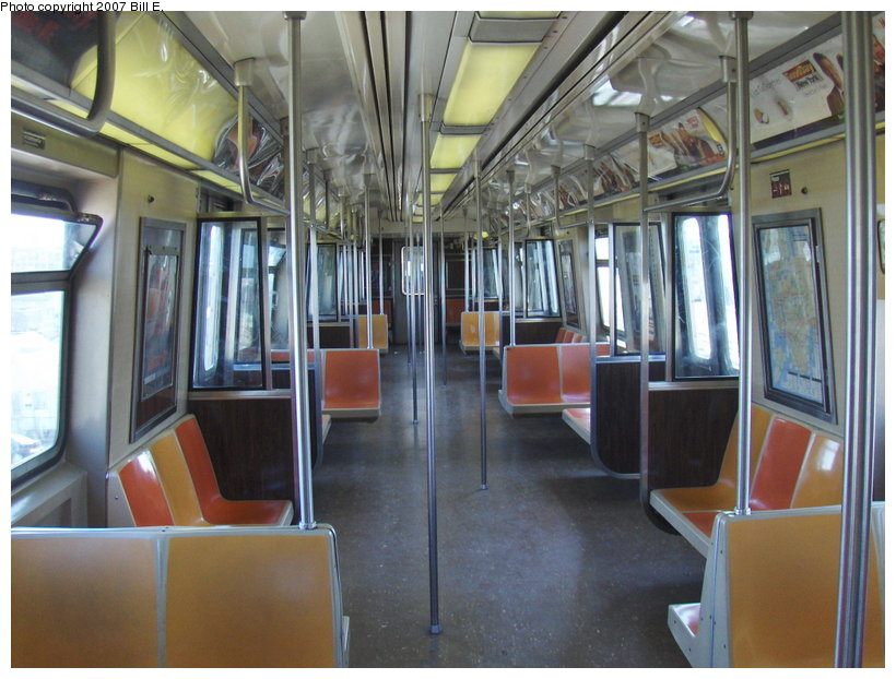 (117k, 820x622)<br><b>Country:</b> United States<br><b>City:</b> New York<br><b>System:</b> New York City Transit<br><b>Route:</b> S<br><b>Car:</b> R-44 (St. Louis, 1971-73) Interior <br><b>Photo by:</b> Bill E.<br><b>Date:</b> 4/22/2007<br><b>Viewed (this week/total):</b> 2 / 5559