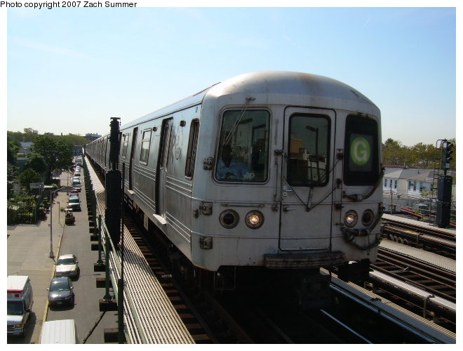 (109k, 660x500)<br><b>Country:</b> United States<br><b>City:</b> New York<br><b>System:</b> New York City Transit<br><b>Line:</b> BMT Culver Line<br><b>Location:</b> Avenue P <br><b>Route:</b> G<br><b>Car:</b> R-46 (Pullman-Standard, 1974-75)  <br><b>Photo by:</b> Zach Summer<br><b>Date:</b> 9/30/2006<br><b>Viewed (this week/total):</b> 1 / 1950