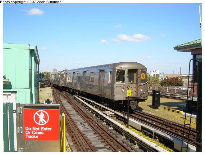 (120k, 660x500)<br><b>Country:</b> United States<br><b>City:</b> New York<br><b>System:</b> New York City Transit<br><b>Location:</b> Coney Island/Stillwell Avenue<br><b>Route:</b> N<br><b>Car:</b> R-68 (Westinghouse-Amrail, 1986-1988)  2872 <br><b>Photo by:</b> Zach Summer<br><b>Date:</b> 10/21/2006<br><b>Viewed (this week/total):</b> 2 / 1580
