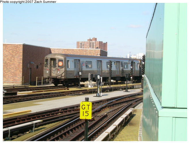 (120k, 660x500)<br><b>Country:</b> United States<br><b>City:</b> New York<br><b>System:</b> New York City Transit<br><b>Location:</b> Coney Island/Stillwell Avenue<br><b>Route:</b> D<br><b>Car:</b> R-68 (Westinghouse-Amrail, 1986-1988)  2690 <br><b>Photo by:</b> Zach Summer<br><b>Date:</b> 10/21/2006<br><b>Viewed (this week/total):</b> 2 / 1995