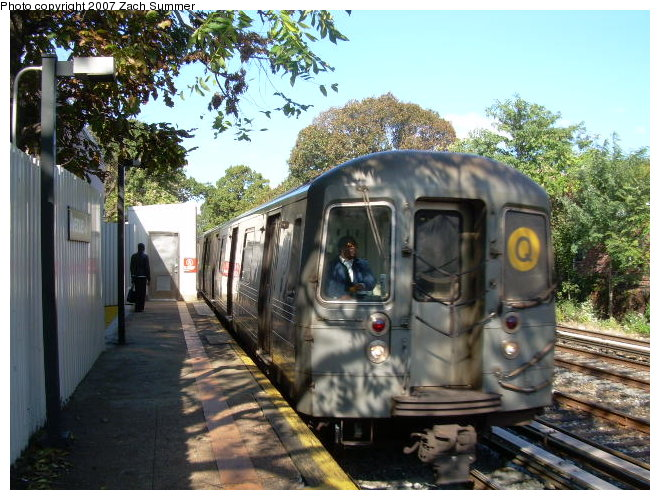 (141k, 660x500)<br><b>Country:</b> United States<br><b>City:</b> New York<br><b>System:</b> New York City Transit<br><b>Line:</b> BMT Brighton Line<br><b>Location:</b> Avenue J <br><b>Route:</b> Q<br><b>Car:</b> R-68A (Kawasaki, 1988-1989)   <br><b>Photo by:</b> Zach Summer<br><b>Date:</b> 10/21/2006<br><b>Viewed (this week/total):</b> 0 / 2300