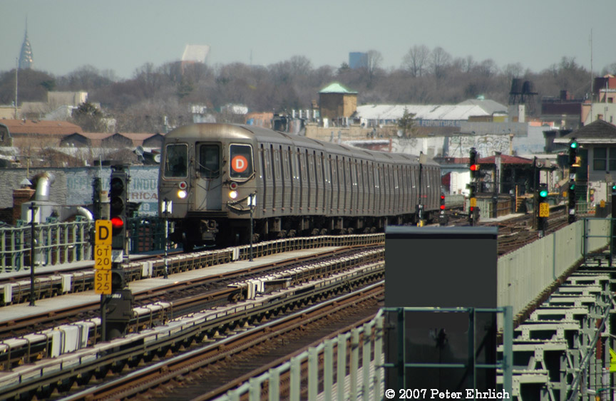 (196k, 864x563)<br><b>Country:</b> United States<br><b>City:</b> New York<br><b>System:</b> New York City Transit<br><b>Line:</b> BMT West End Line<br><b>Location:</b> 71st Street <br><b>Route:</b> D<br><b>Car:</b> R-68 (Westinghouse-Amrail, 1986-1988)  2544 <br><b>Photo by:</b> Peter Ehrlich<br><b>Date:</b> 4/20/2007<br><b>Viewed (this week/total):</b> 1 / 2370