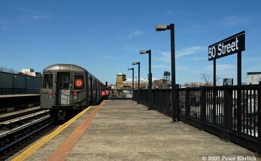 (167k, 864x534)<br><b>Country:</b> United States<br><b>City:</b> New York<br><b>System:</b> New York City Transit<br><b>Line:</b> BMT West End Line<br><b>Location:</b> 50th Street <br><b>Route:</b> D<br><b>Car:</b> R-68 (Westinghouse-Amrail, 1986-1988)  2580 <br><b>Photo by:</b> Peter Ehrlich<br><b>Date:</b> 4/20/2007<br><b>Viewed (this week/total):</b> 1 / 1987