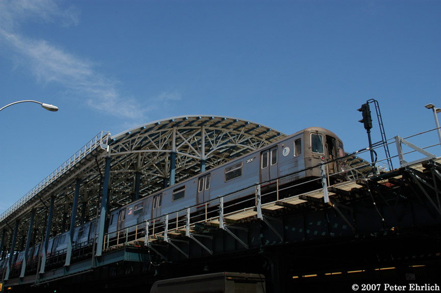 (150k, 864x574)<br><b>Country:</b> United States<br><b>City:</b> New York<br><b>System:</b> New York City Transit<br><b>Location:</b> Coney Island/Stillwell Avenue<br><b>Route:</b> D<br><b>Car:</b> R-68 (Westinghouse-Amrail, 1986-1988)  2606 <br><b>Photo by:</b> Peter Ehrlich<br><b>Date:</b> 4/20/2007<br><b>Viewed (this week/total):</b> 0 / 2023