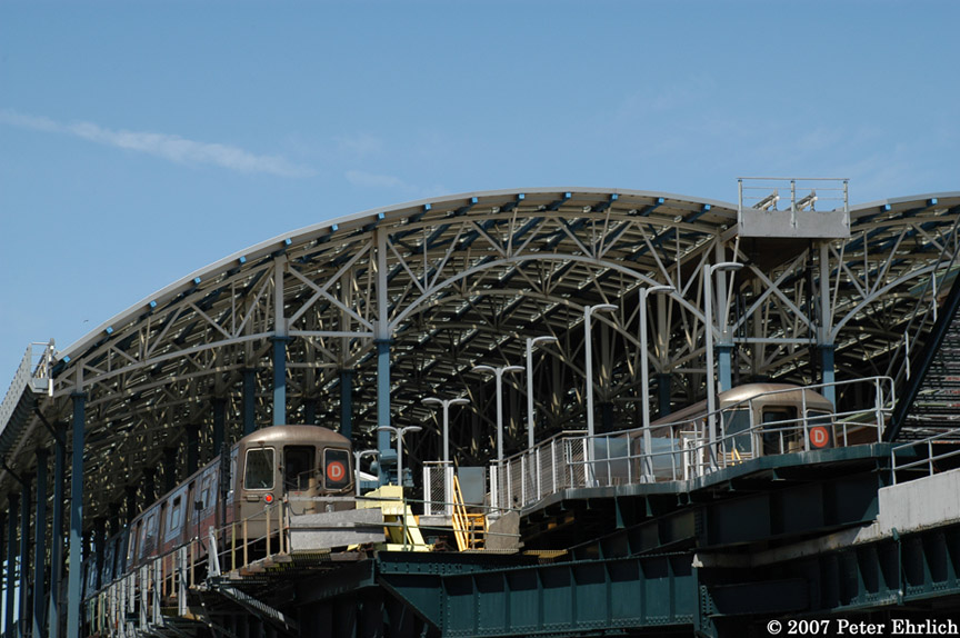 (185k, 864x574)<br><b>Country:</b> United States<br><b>City:</b> New York<br><b>System:</b> New York City Transit<br><b>Location:</b> Coney Island/Stillwell Avenue<br><b>Route:</b> D<br><b>Car:</b> R-68 (Westinghouse-Amrail, 1986-1988)  2606 <br><b>Photo by:</b> Peter Ehrlich<br><b>Date:</b> 4/20/2007<br><b>Viewed (this week/total):</b> 0 / 2295