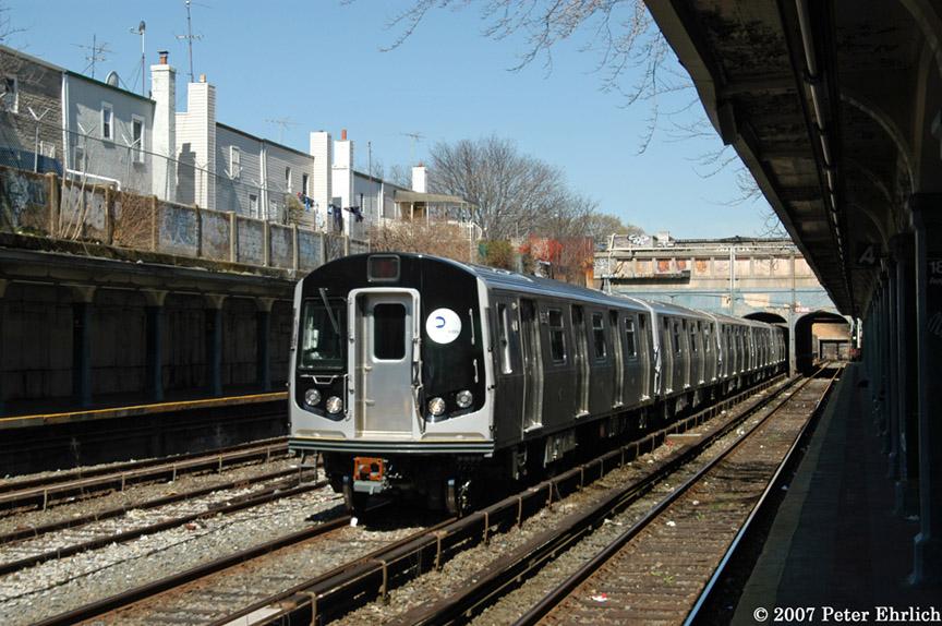 (211k, 864x574)<br><b>Country:</b> United States<br><b>City:</b> New York<br><b>System:</b> New York City Transit<br><b>Line:</b> BMT Sea Beach Line<br><b>Location:</b> 18th Avenue <br><b>Car:</b> R-160B (Kawasaki, 2005-2008)  8852 <br><b>Photo by:</b> Peter Ehrlich<br><b>Date:</b> 4/20/2007<br><b>Viewed (this week/total):</b> 0 / 1913
