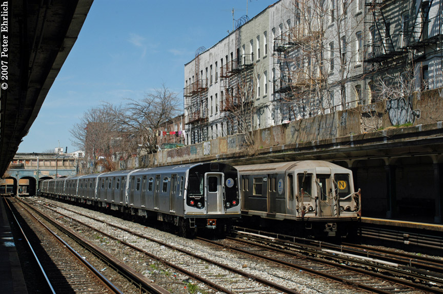 (250k, 864x574)<br><b>Country:</b> United States<br><b>City:</b> New York<br><b>System:</b> New York City Transit<br><b>Line:</b> BMT Sea Beach Line<br><b>Location:</b> 18th Avenue <br><b>Car:</b> R-160B (Kawasaki, 2005-2008)  8852 <br><b>Photo by:</b> Peter Ehrlich<br><b>Date:</b> 4/20/2007<br><b>Viewed (this week/total):</b> 0 / 2972
