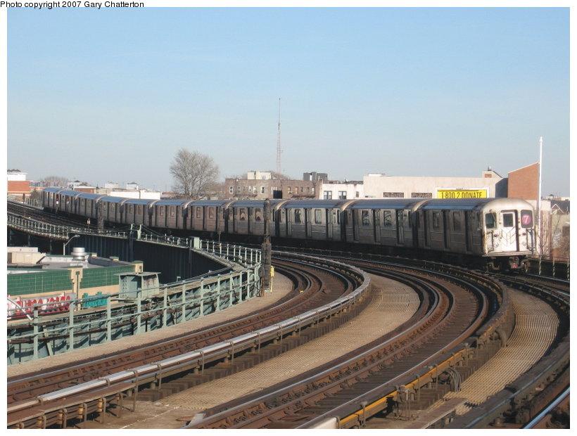 (109k, 820x620)<br><b>Country:</b> United States<br><b>City:</b> New York<br><b>System:</b> New York City Transit<br><b>Line:</b> IRT Flushing Line<br><b>Location:</b> 46th Street/Bliss Street <br><b>Route:</b> 7<br><b>Car:</b> R-62A (Bombardier, 1984-1987)  1805 <br><b>Photo by:</b> Gary Chatterton<br><b>Date:</b> 3/9/2007<br><b>Viewed (this week/total):</b> 1 / 1535